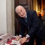 Firma de libros en el Ateneo Veneto.